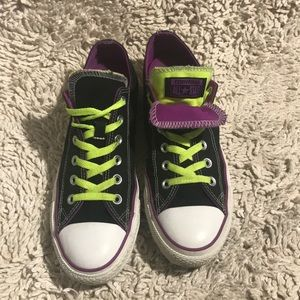 CONVERSE CHUCK TAYLORS ALL STAR purple black 8 men